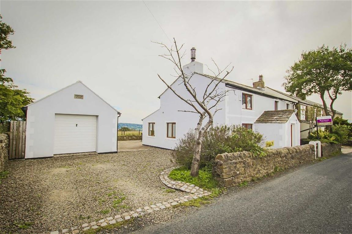 4 Bed Cottage For Sale - Main Image