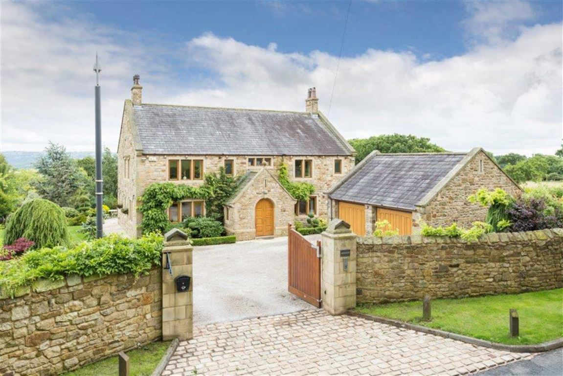 6 Bedroom Detached House For Sale - Image 49