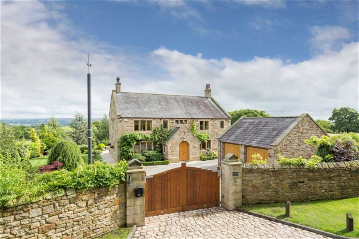 6 Bedroom Detached House For Sale - Image 50