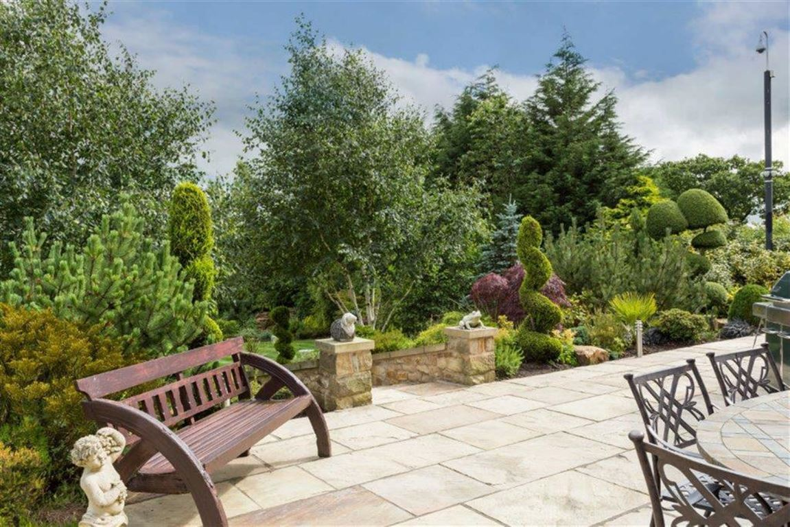 6 Bedroom Detached House For Sale - Image 53