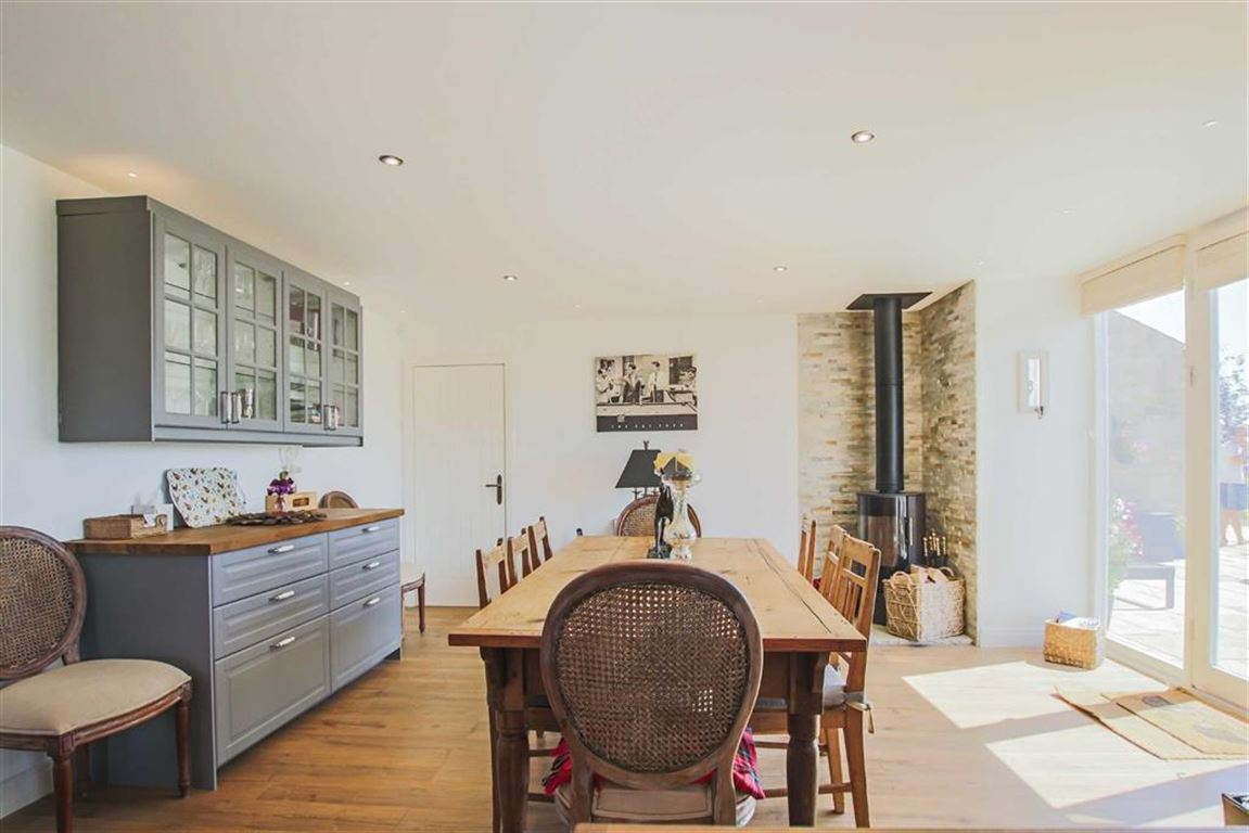 4 Bedroom Barn Conversion For Sale - Image 38