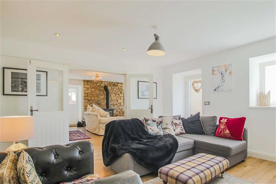 4 Bedroom Barn Conversion For Sale - Image 14