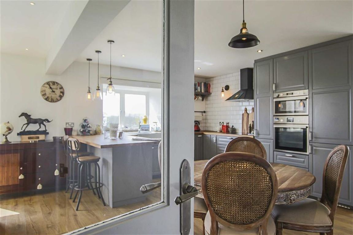 4 Bedroom Barn Conversion For Sale - Image 45