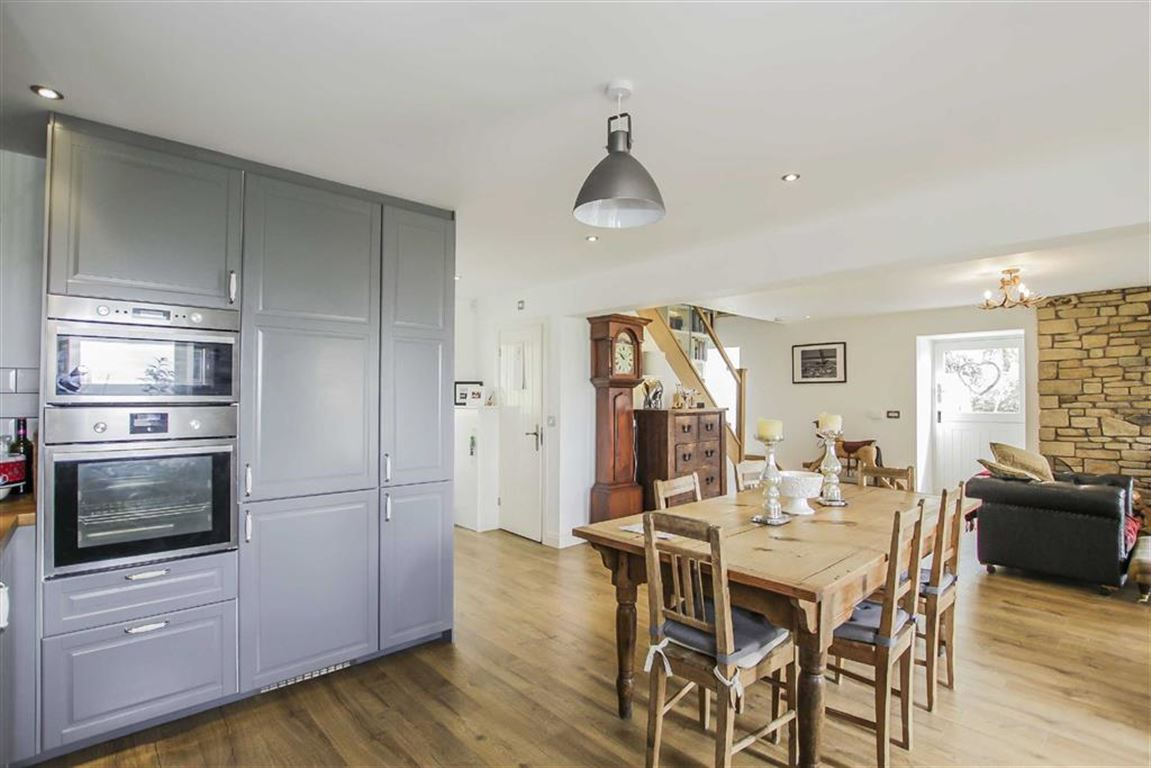 4 Bedroom Barn Conversion For Sale - Image 48