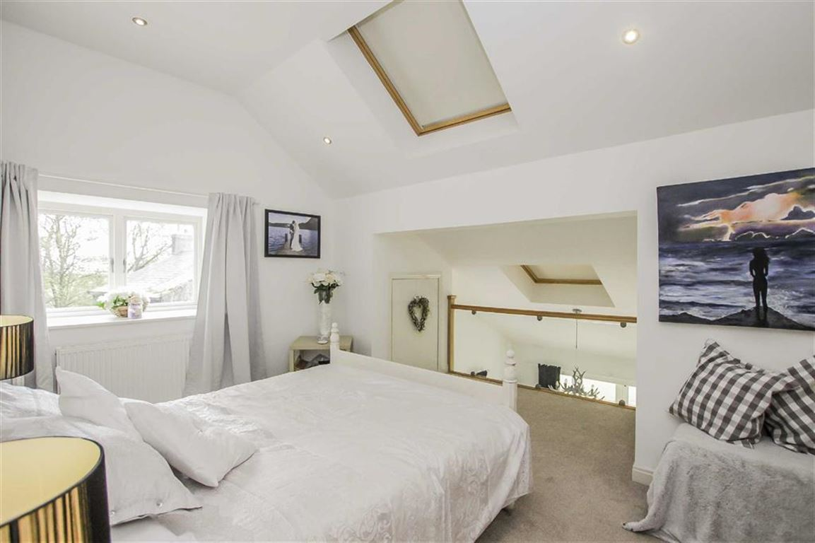 4 Bedroom Barn Conversion For Sale - Image 13