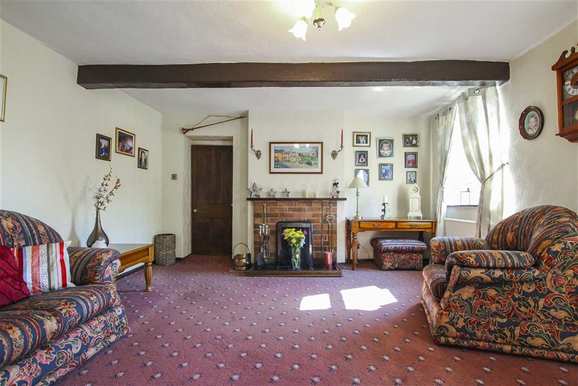5 Bedroom Farmhouse For Sale - Image 18