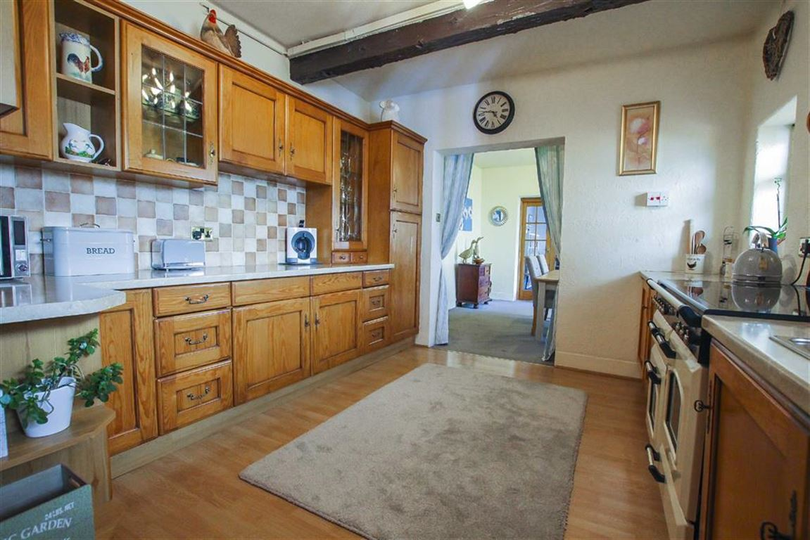 5 Bedroom Farmhouse For Sale - Image 2