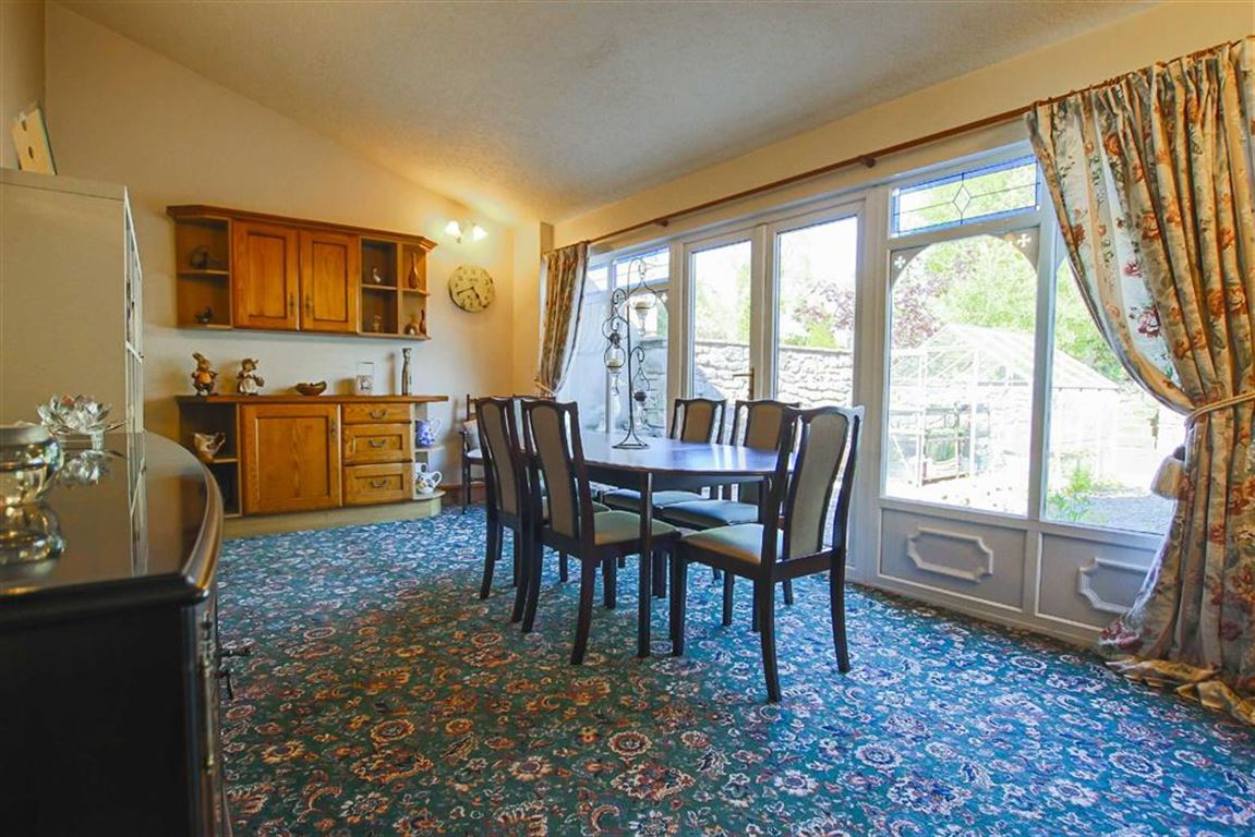 5 Bedroom Farmhouse For Sale - Image 6