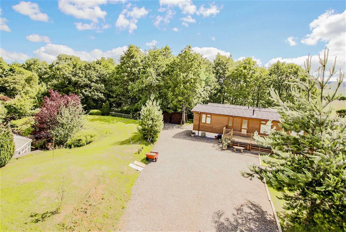 5 Bedroom Farmhouse For Sale - Image 31