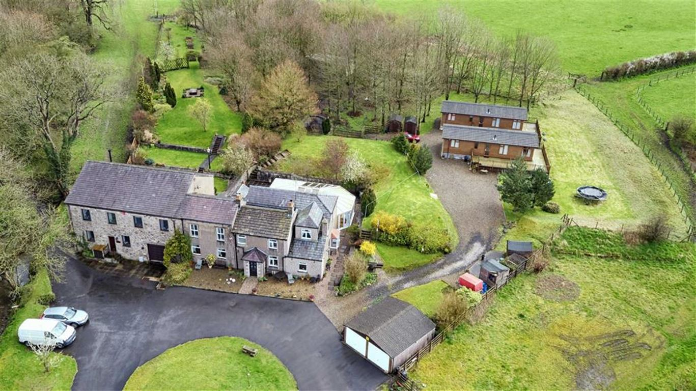 5 Bedroom Farmhouse For Sale - Image 28