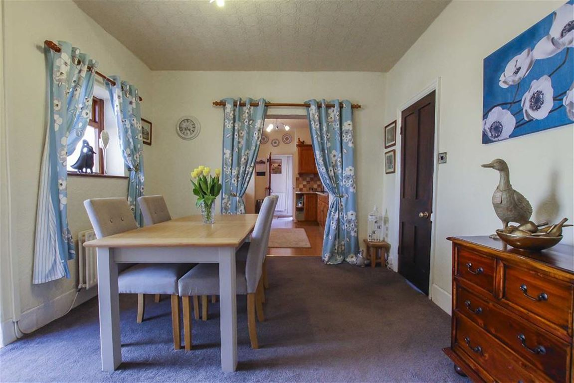 5 Bedroom Farmhouse For Sale - Image 23
