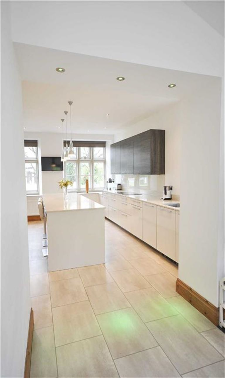 4 Bedroom Semi-detached House For Sale - Image 21