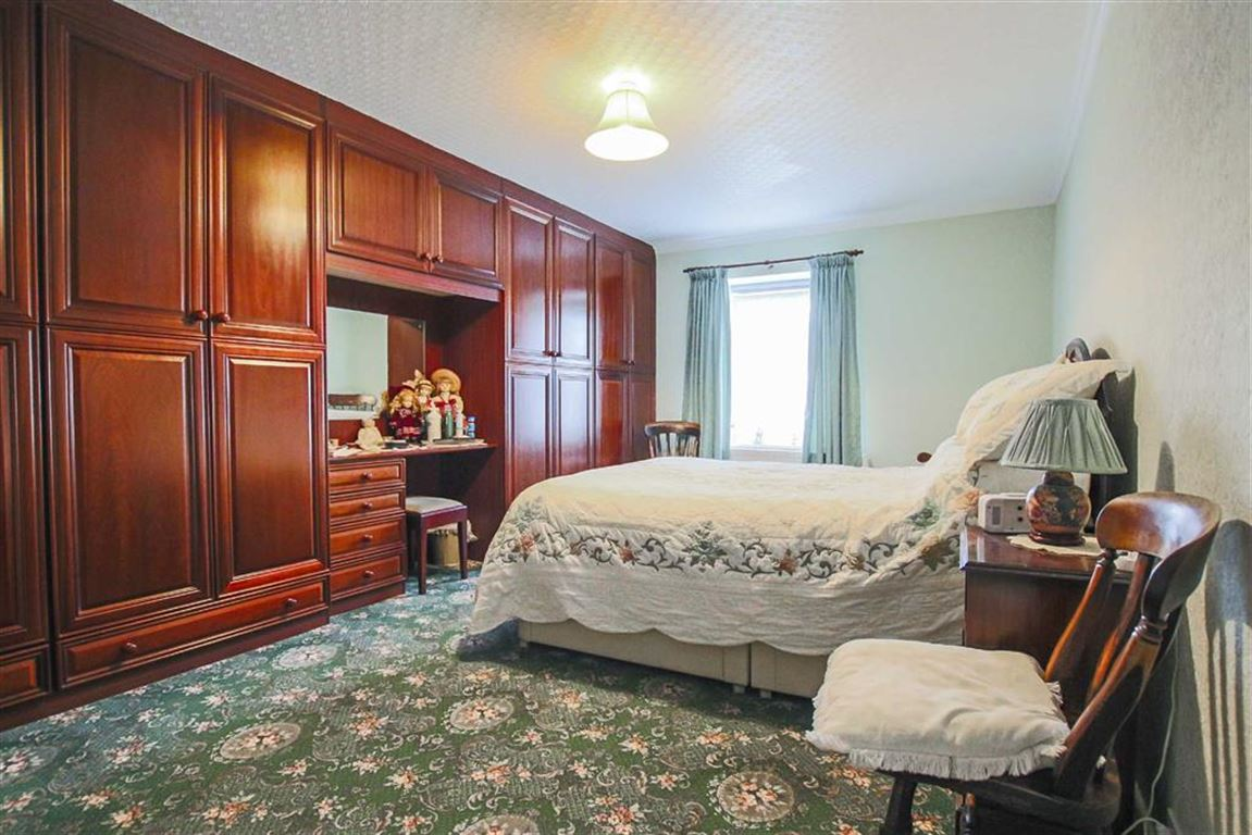 5 Bedroom Farmhouse For Sale - Image 14