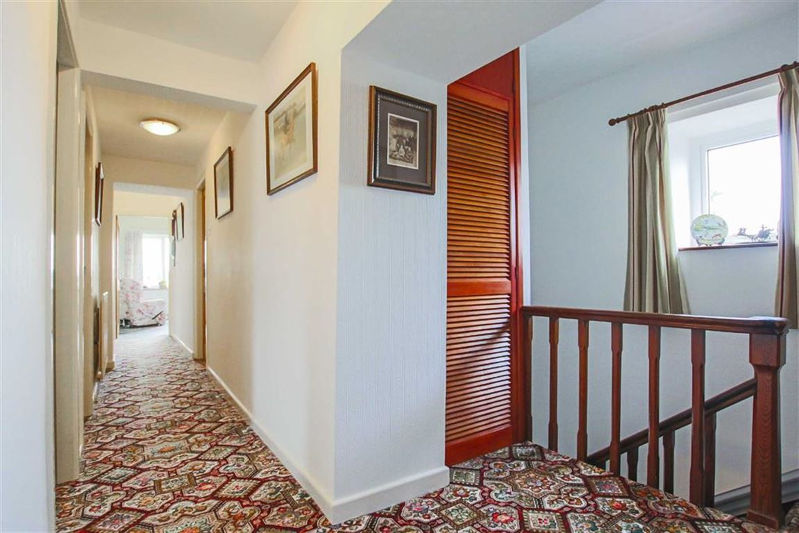 5 Bedroom Farmhouse For Sale - Image 17