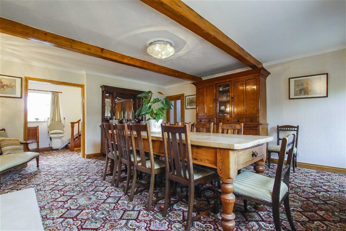 5 Bedroom Farmhouse For Sale - Image 5