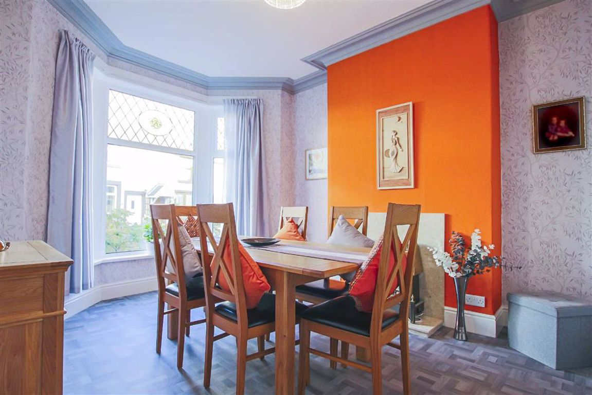 3 Bedroom Terraced House For Sale - Image 3