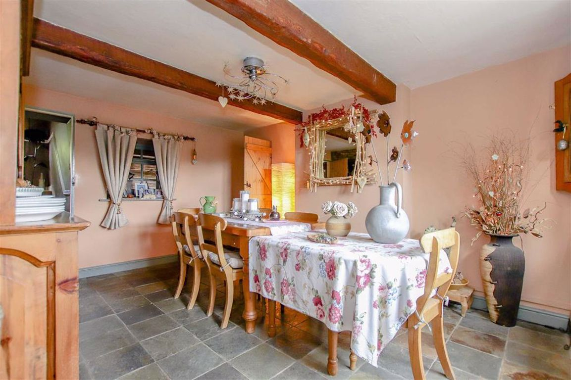 4 Bedroom Farmhouse For Sale - Image 8