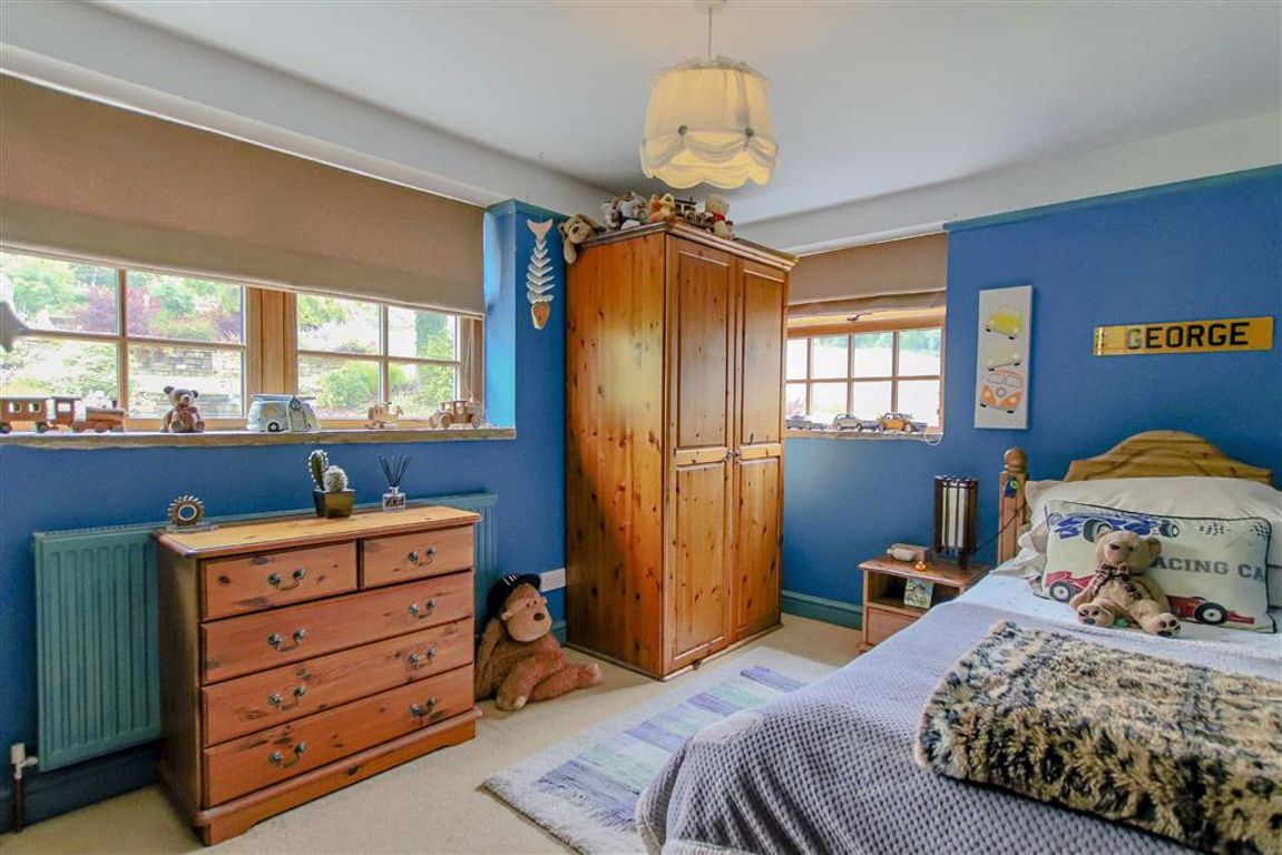 4 Bedroom Farmhouse For Sale - Image 17