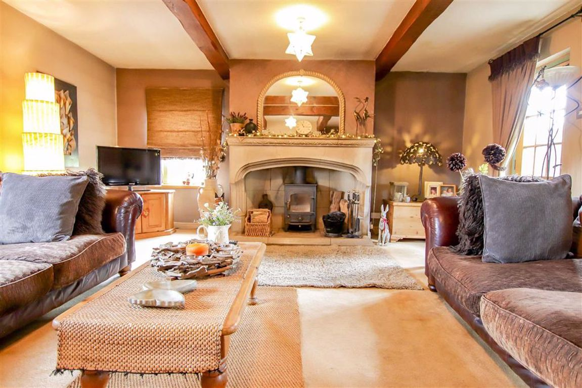 4 Bedroom Farmhouse For Sale - Image 22
