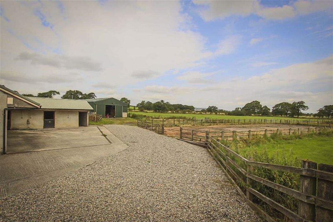 4 Bedroom Barn Conversion For Sale - Image 24