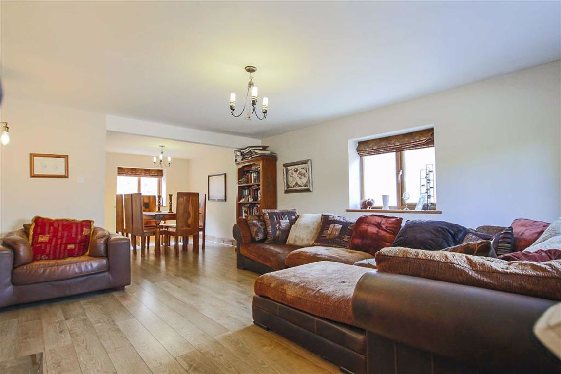 4 Bedroom Barn Conversion For Sale - Image 7