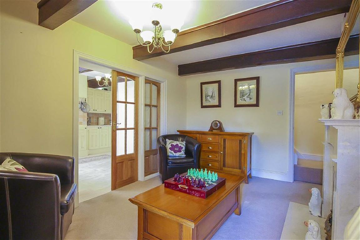 4 Bedroom Farmhouse For Sale - Image 3