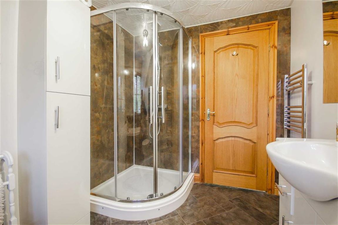 4 Bedroom Detached House For Sale - Image 21