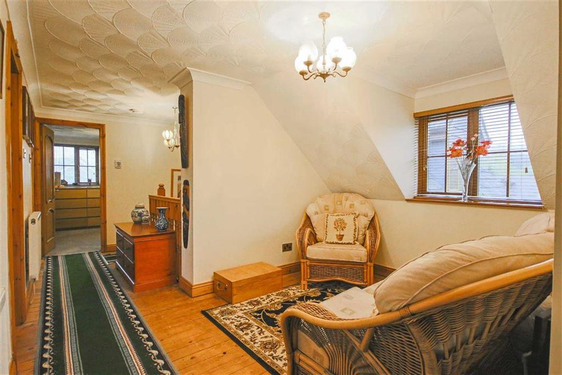 4 Bedroom Detached House For Sale - Image 25