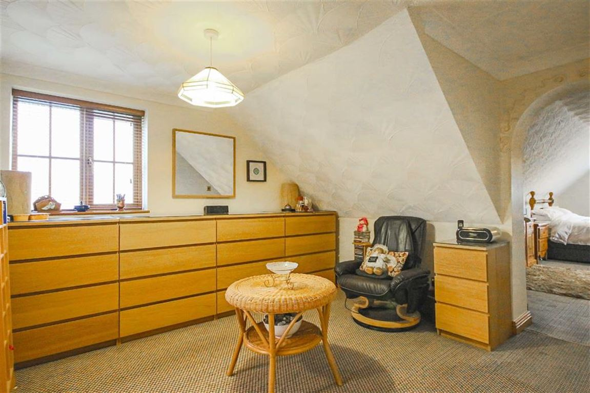 4 Bedroom Detached House For Sale - Image 38