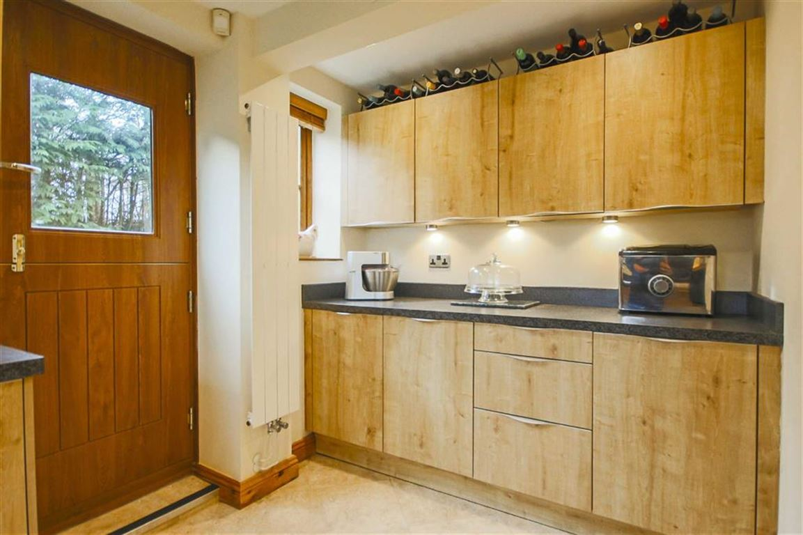 4 Bedroom Detached House For Sale - Image 42