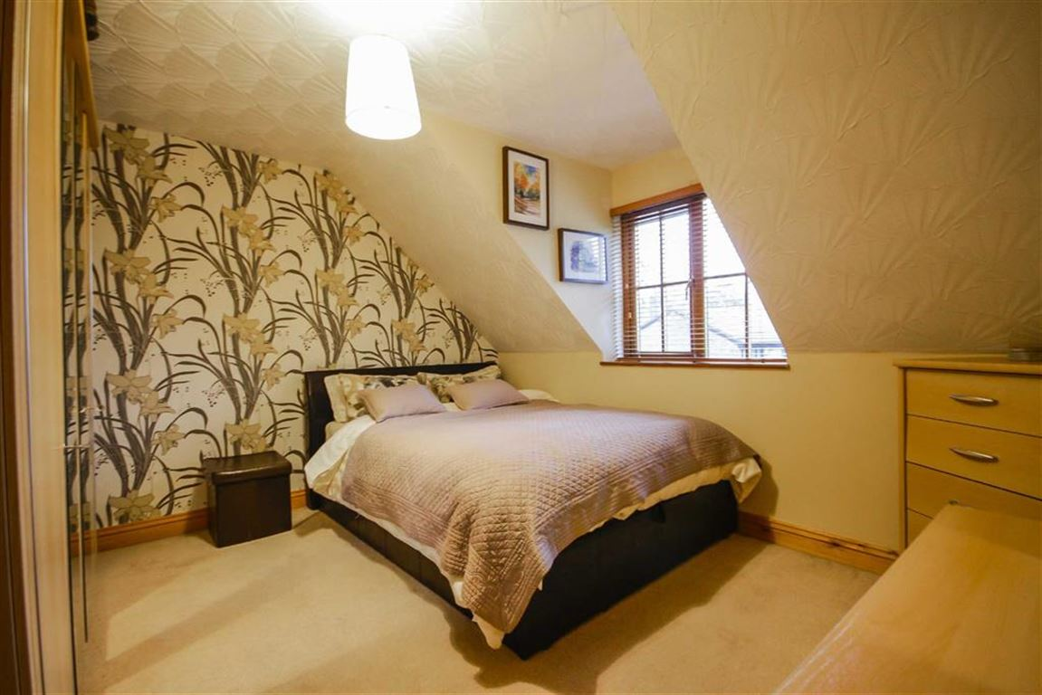 4 Bedroom Detached House For Sale - Image 26