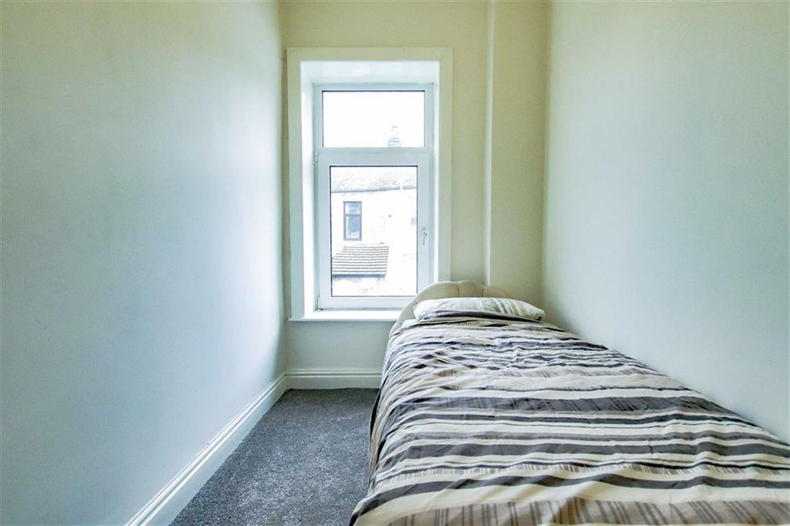 3 Bedroom Terraced House For Sale - Image 5