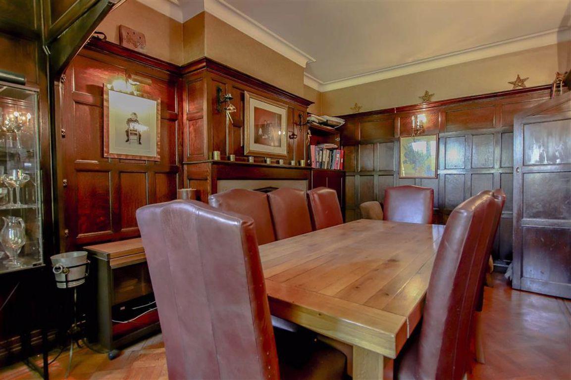 6 Bedroom Semi-detached House For Sale - Image 7