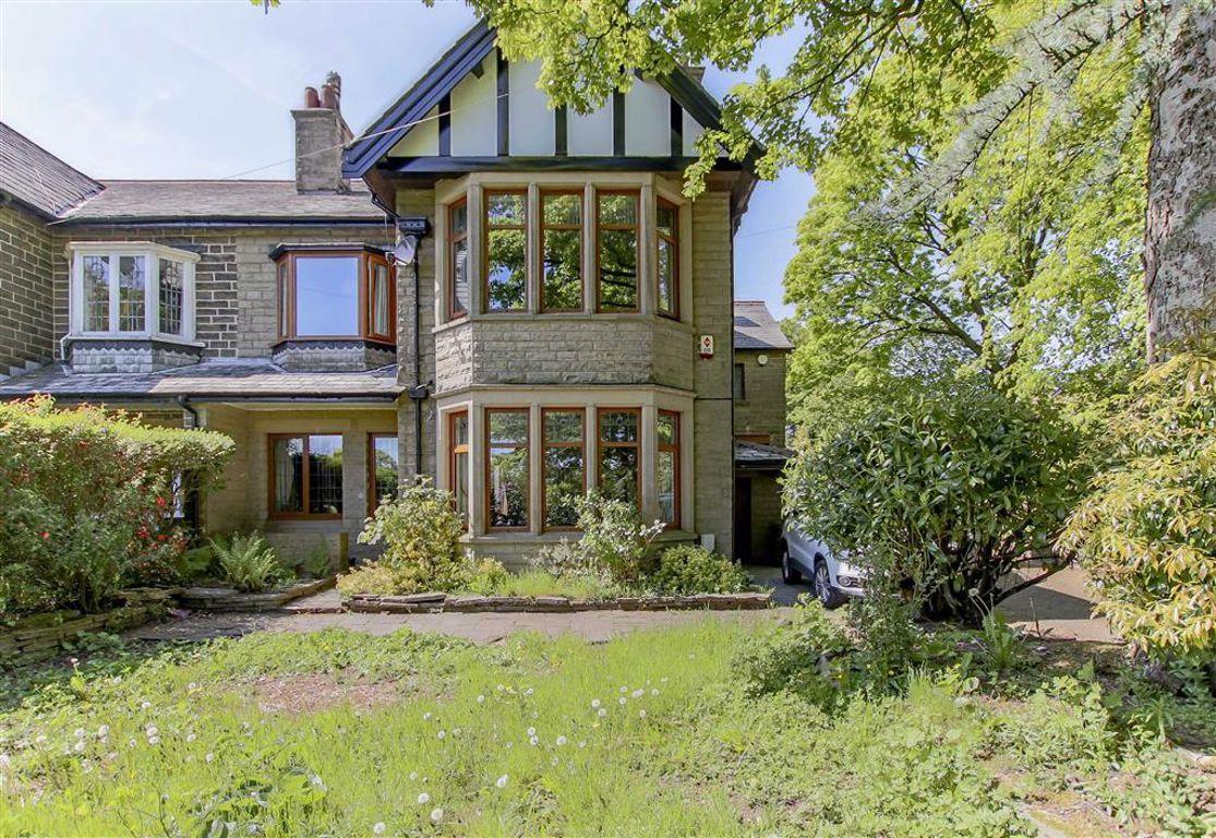 6 Bedroom Semi-detached House For Sale - Image 2