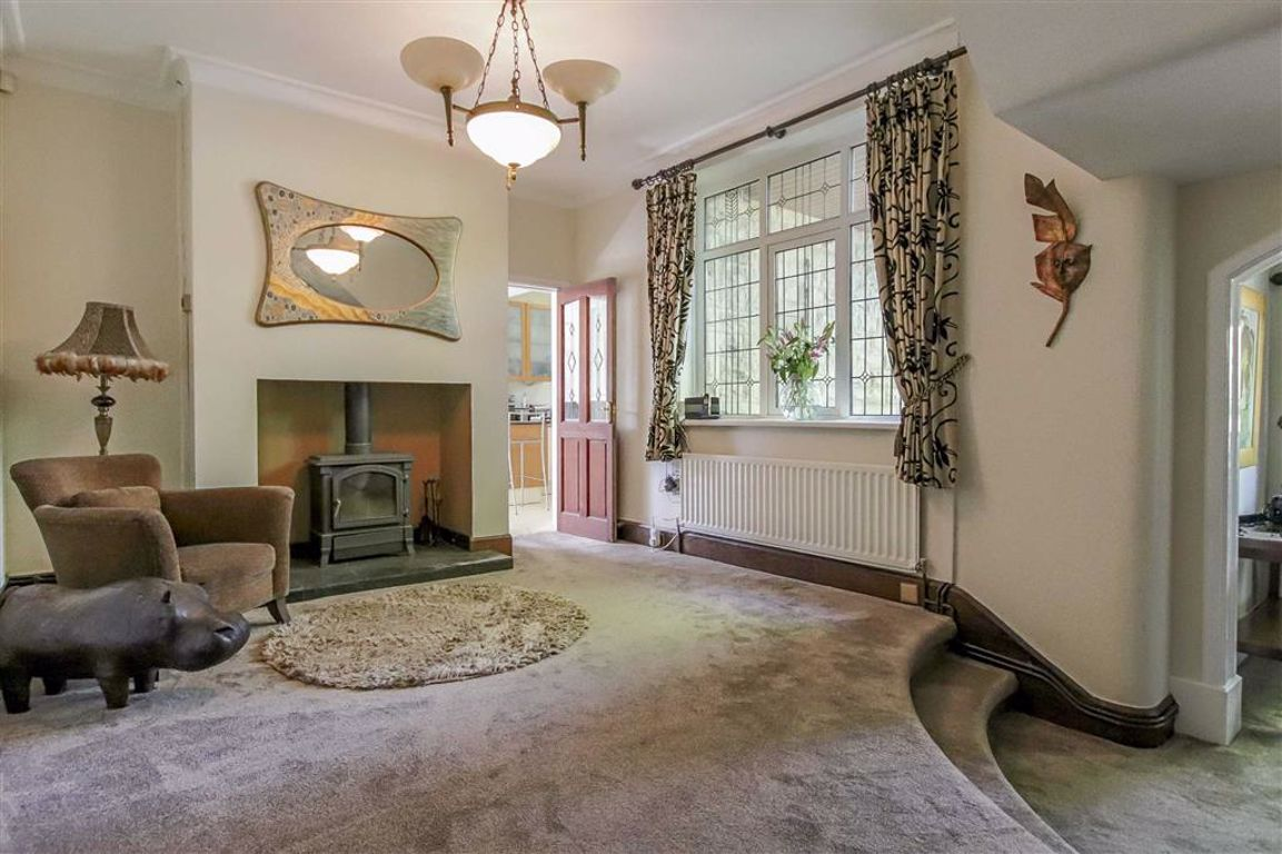 6 Bedroom Semi-detached House For Sale - Image 10