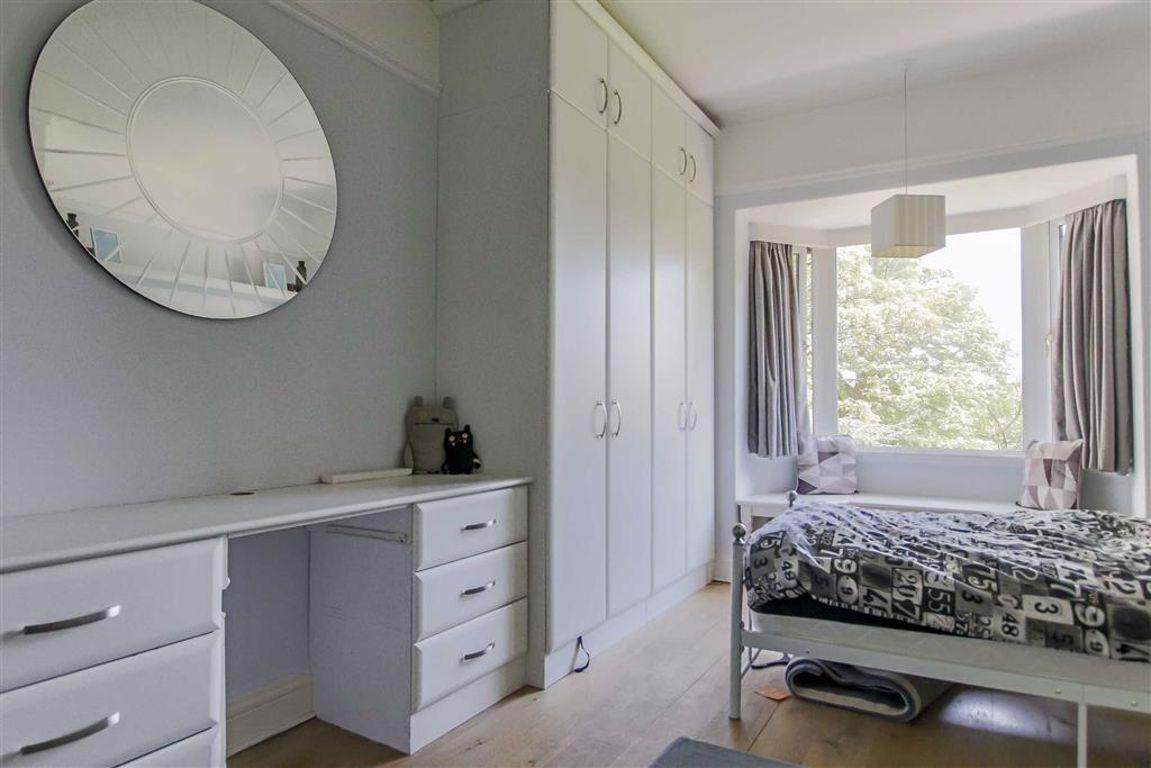 6 Bedroom Semi-detached House For Sale - Image 27