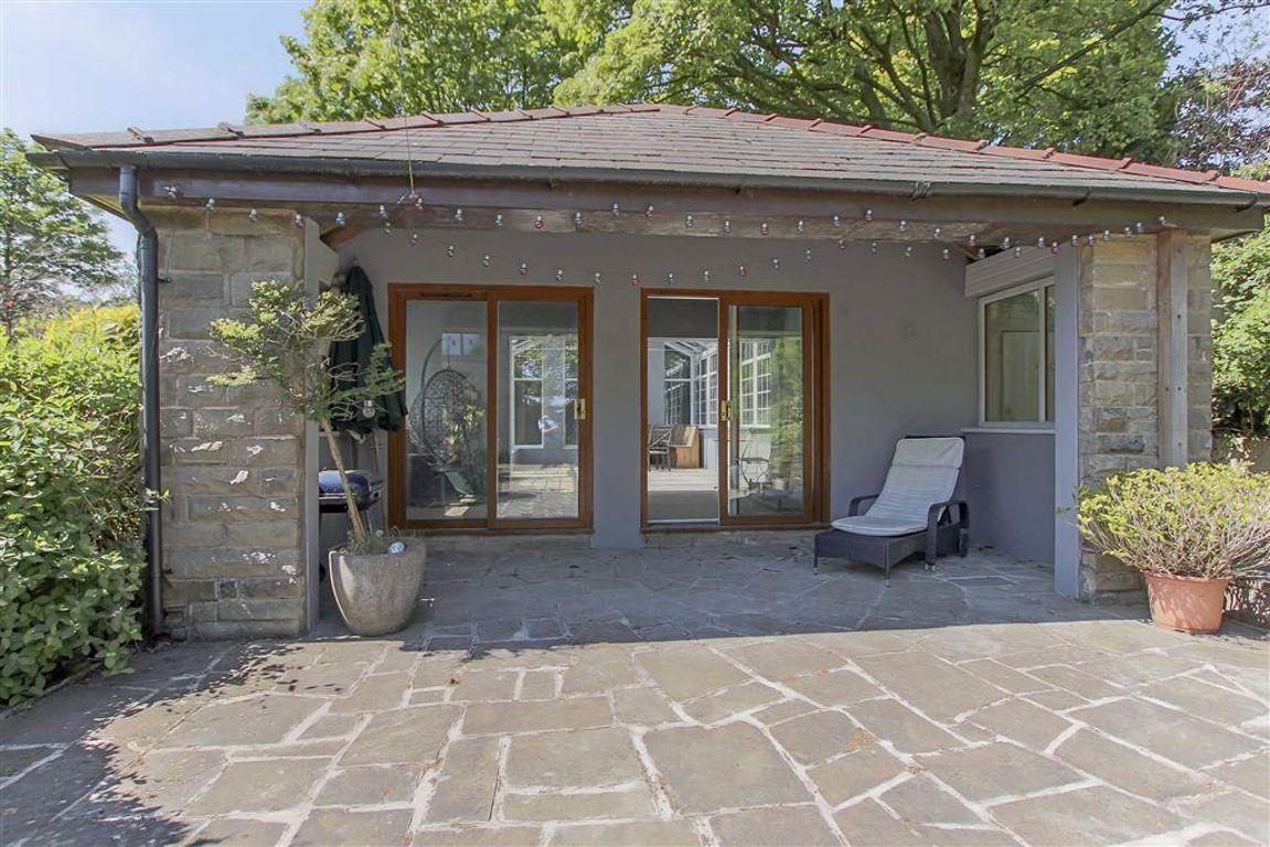 6 Bedroom Semi-detached House For Sale - Image 5