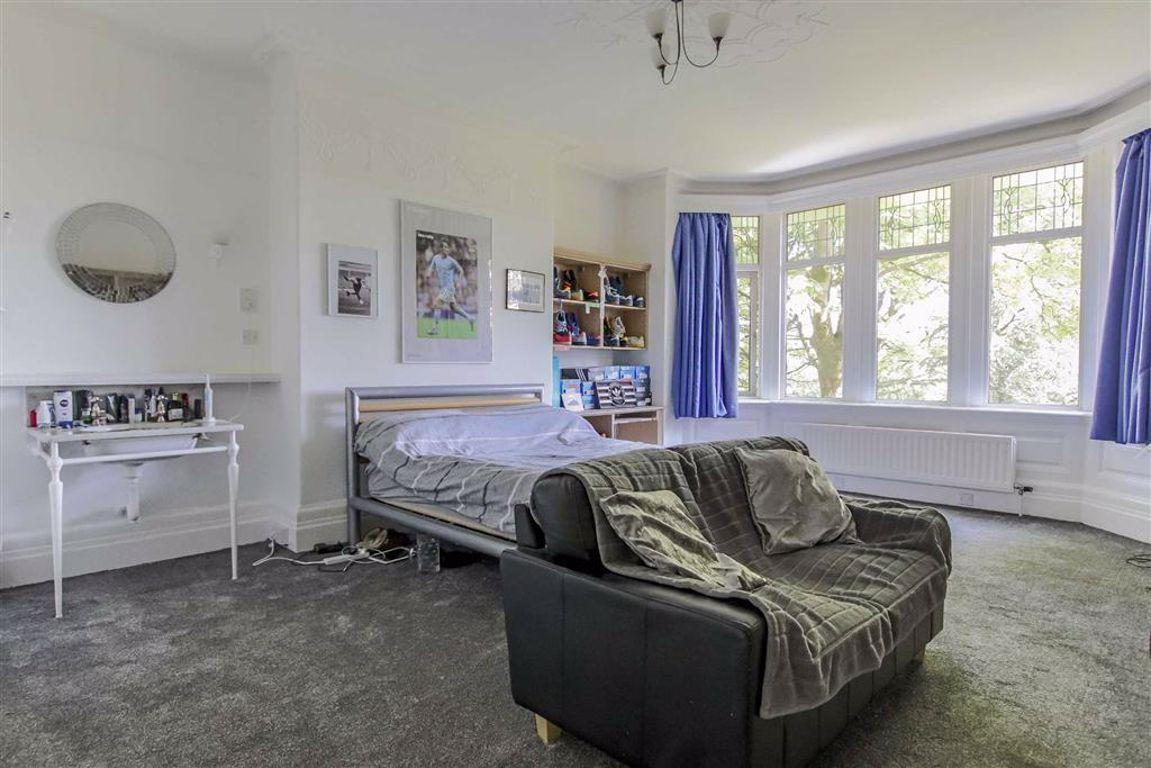 6 Bedroom Semi-detached House For Sale - Image 13