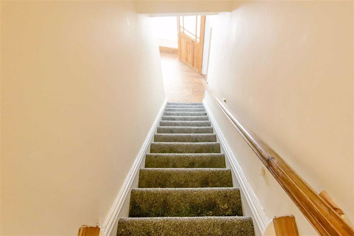 2 Bedroom End Terrace House For Sale - Image 12