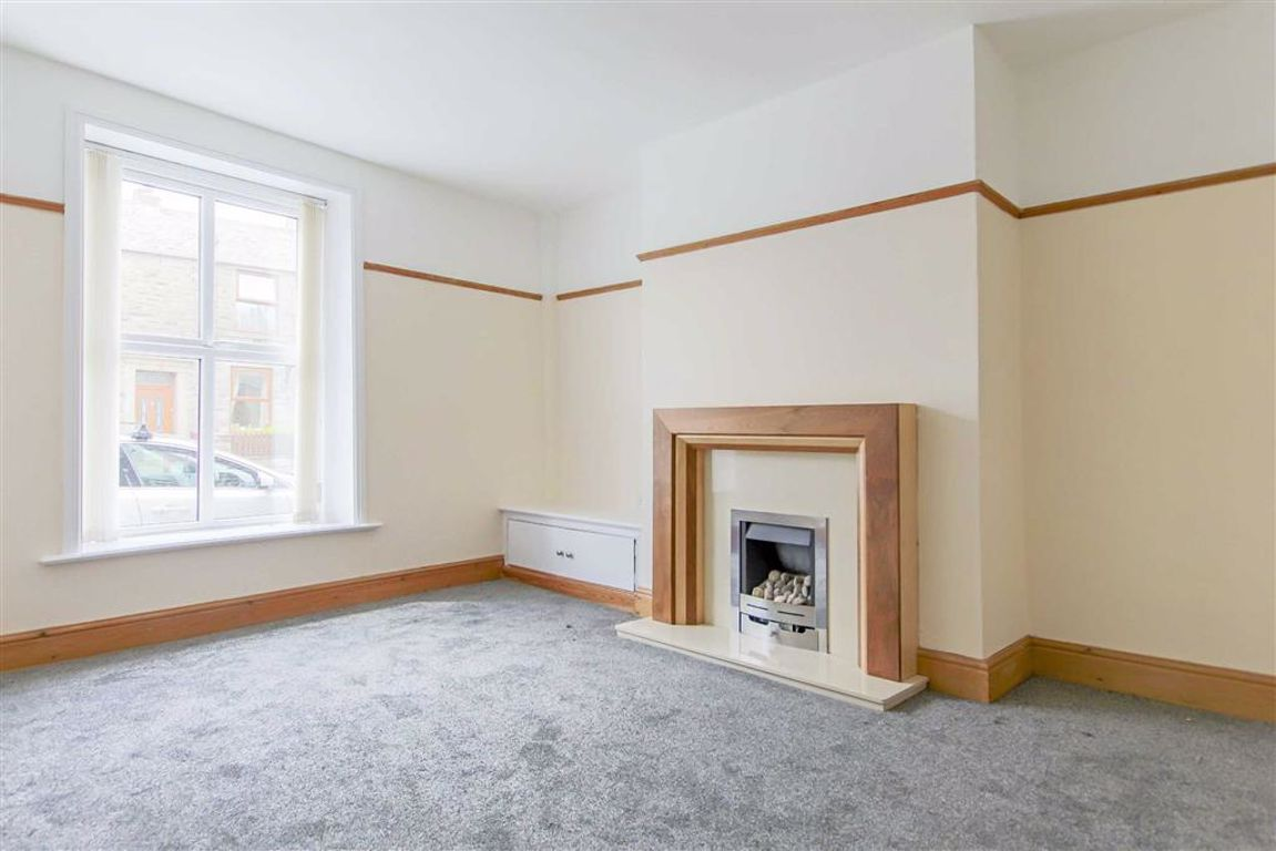 2 Bedroom End Terrace House For Sale - Image 2