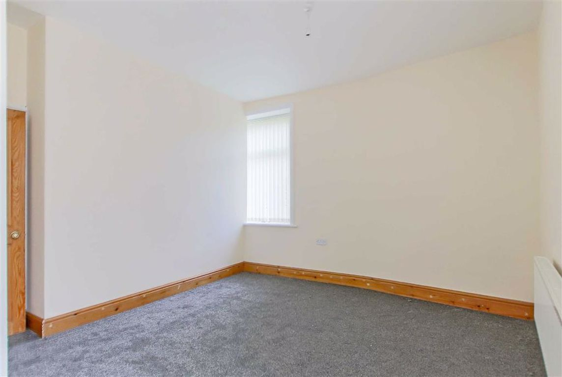 2 Bedroom End Terrace House For Sale - Image 14