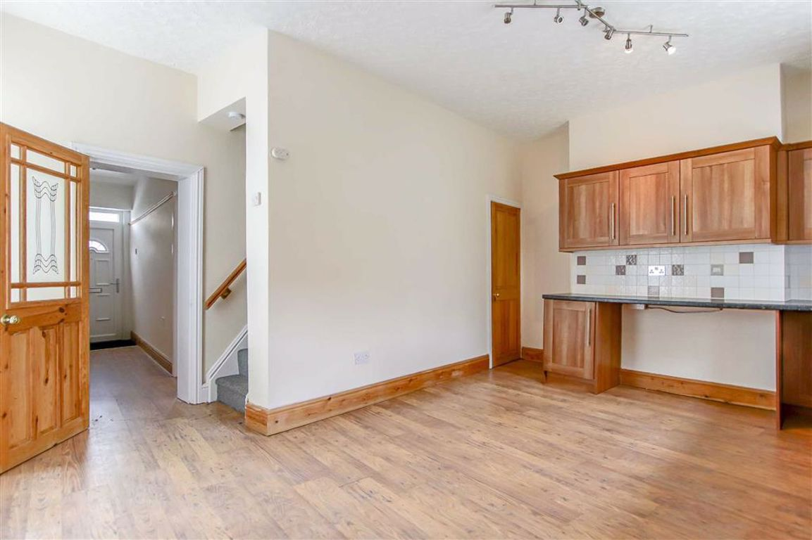 2 Bedroom End Terrace House For Sale - Image 10