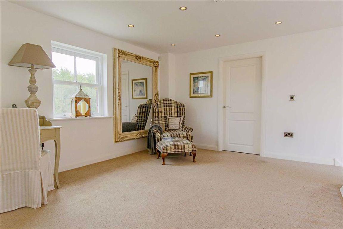 5 Bedroom Detached House For Sale - Image 13