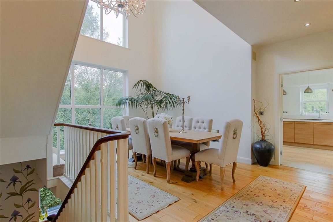 5 Bedroom Detached House For Sale - Image 14