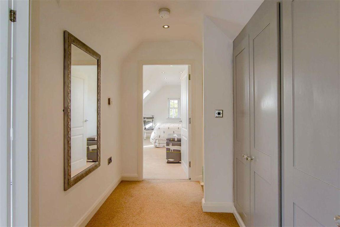 5 Bedroom Detached House For Sale - Image 32