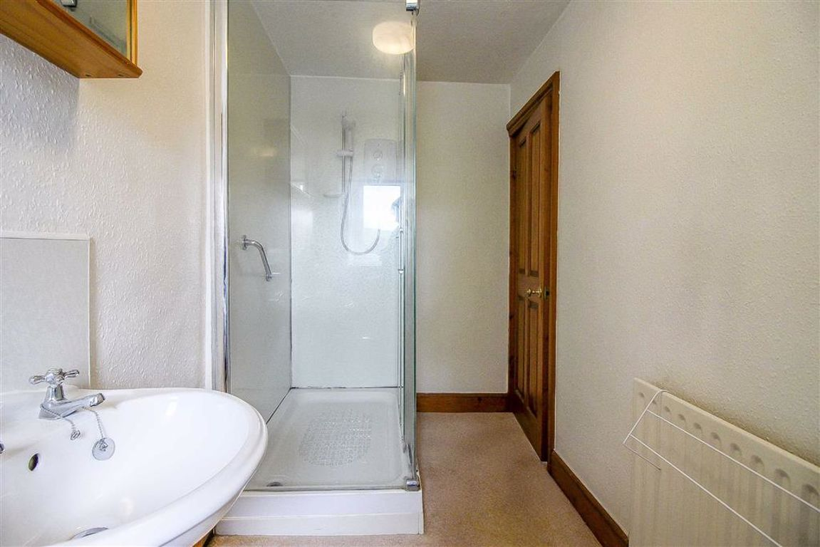 4 Bedroom Semi-detached House For Sale - Image 18