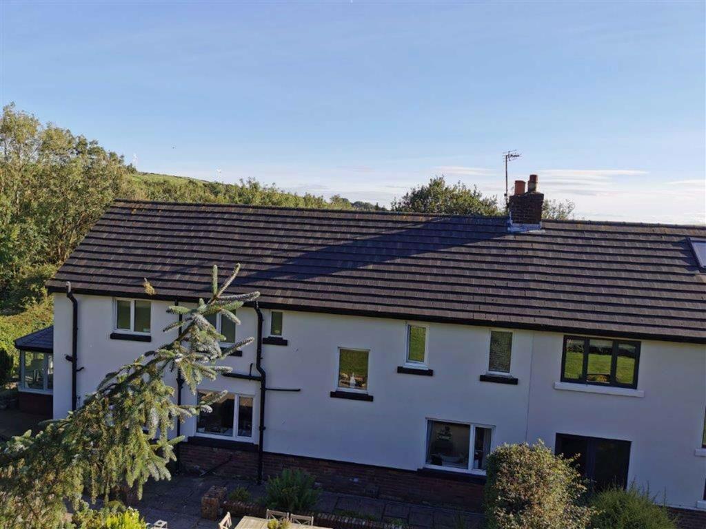 4 Bedroom Semi Detached Cottage For Sale - Image 55