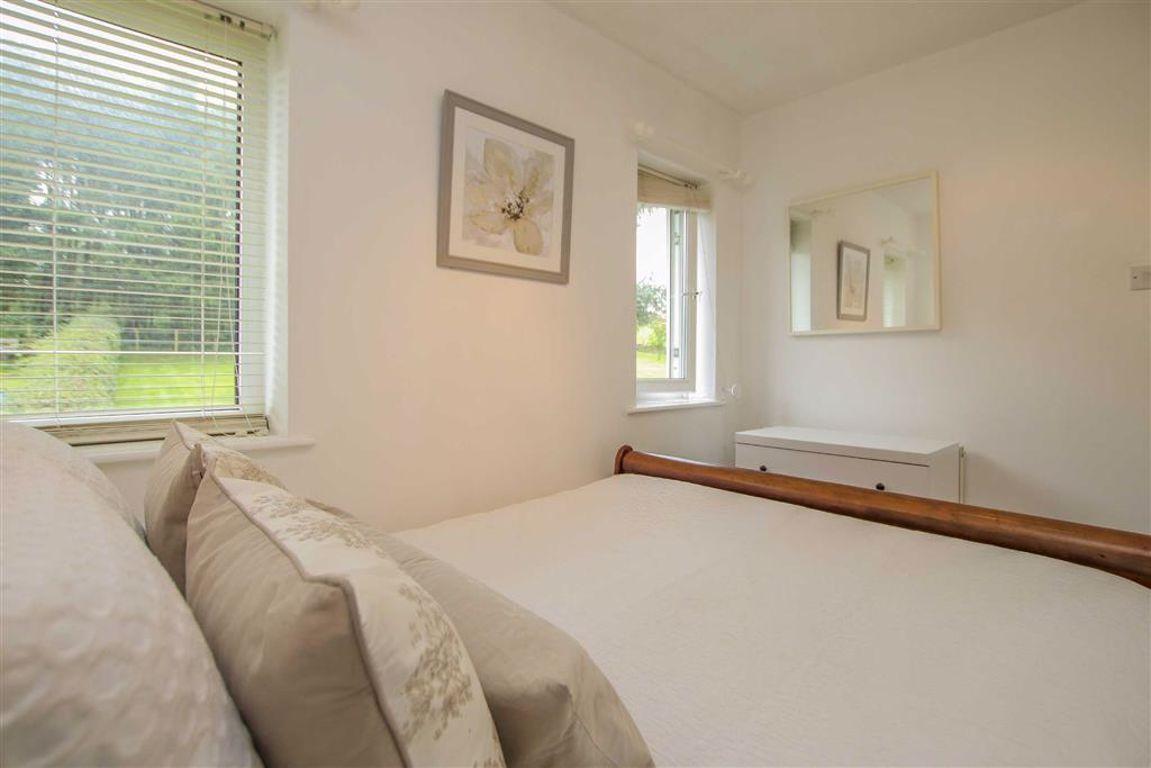 4 Bedroom Semi Detached Cottage For Sale - Image 33