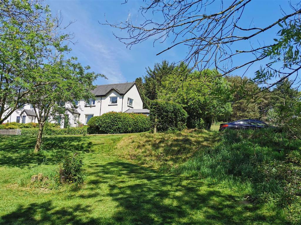 4 Bedroom Semi Detached Cottage For Sale - Image 46