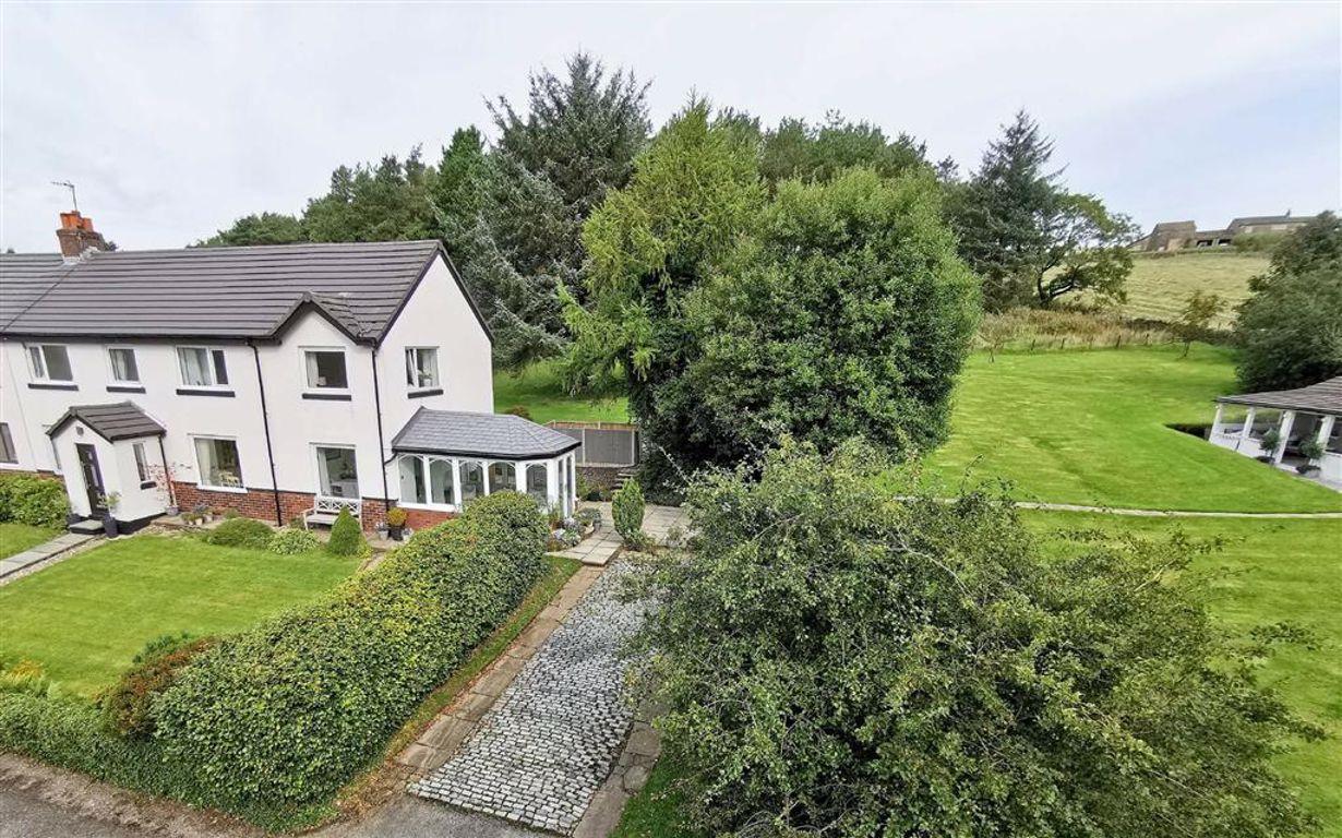 4 Bedroom Semi Detached Cottage For Sale - Image 59